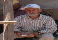 Antalya Manavgat'ta yangında evi yanan yaşlı amca, yanan evini yaşlı gözlerle izledi